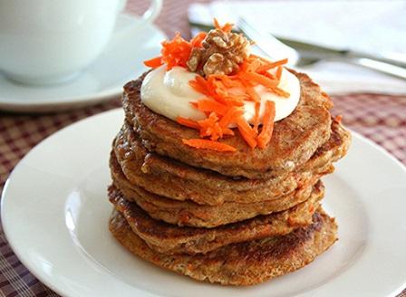 Морковени палачинки с биволско кисело мляко