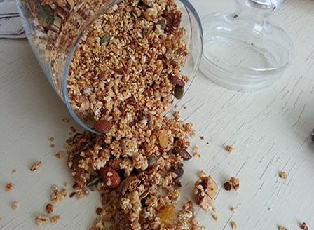 Домашна гранола със смокини
