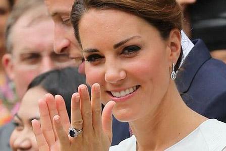 Уилям предложил на Кейт с пръстен на Хари