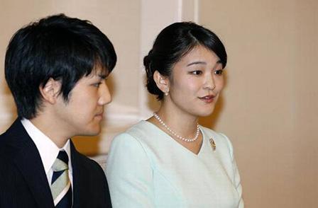 Японската принцеса Мако обяви годежа си