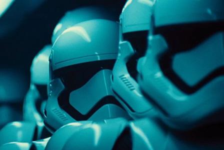 Сменят режисьора на Междузвездни войни