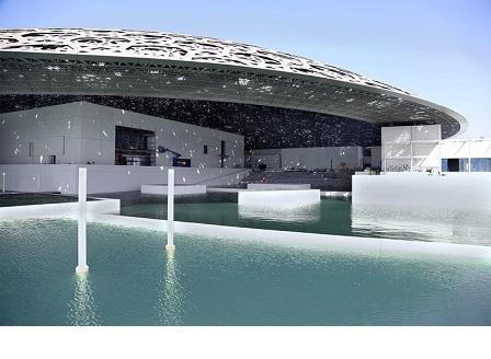 Откриват филиал на Лувъра в Абу Даби