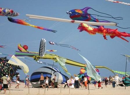 Разноцветен фестивал на хвърчилата се проведе в Коломбо, Шри Ланка