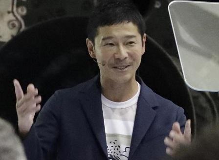 Японски милиардер ще е първият частен космически турист