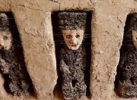 В Перу откриха дървени статуи на над 800 години