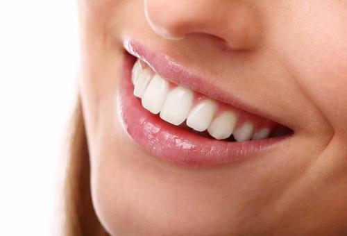 Пет прости стъпки за блестяща усмивка