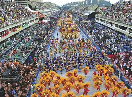 Рио де Жанейро в трескава подготовка за карнавала
