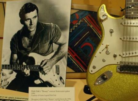 Американският рок-китарист Дик Дейл почина на 81-годишна възраст