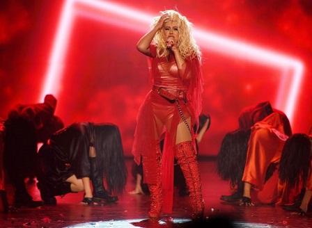 Кристина Агилера подготвя голямо завръщане с латино албум