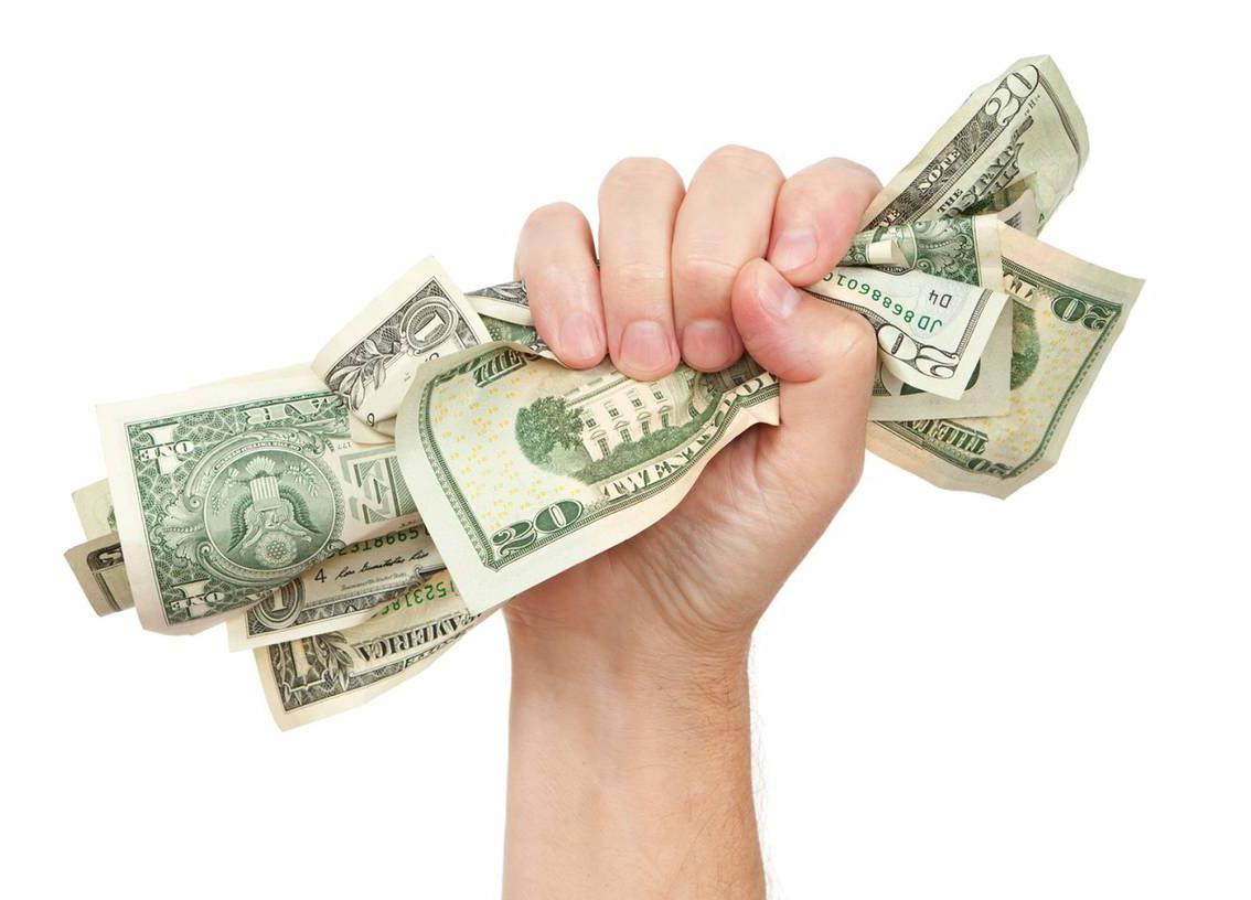 Мъж осъди любовника на жена си на 750 000 долара
