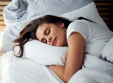 Колко часа трябва да спим, за да се предпазим от сърдечен пристъп?
