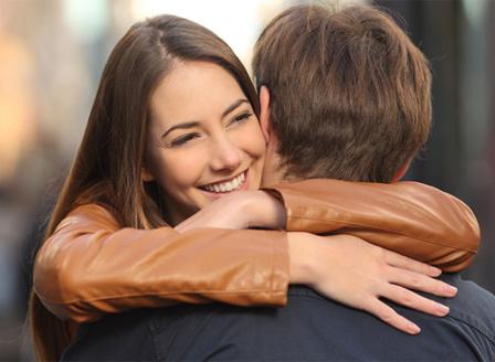Днес е международният ден на прегръдката
