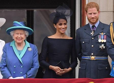 Принц Хари е инициатор на решението с Меган да се откажат от задълженията си в кралското семейство