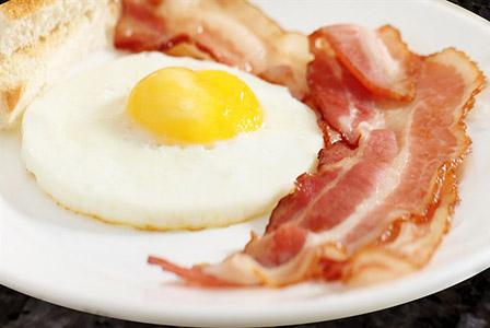 Яйцата на закуска намаляват апетита през деня
