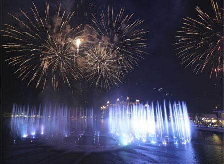 В Дубай представиха най-големия фонтан в света