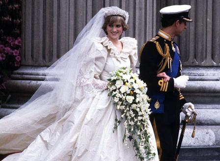 Емблематичната сватбена рокля на Даяна ще бъде показана в нова изложба